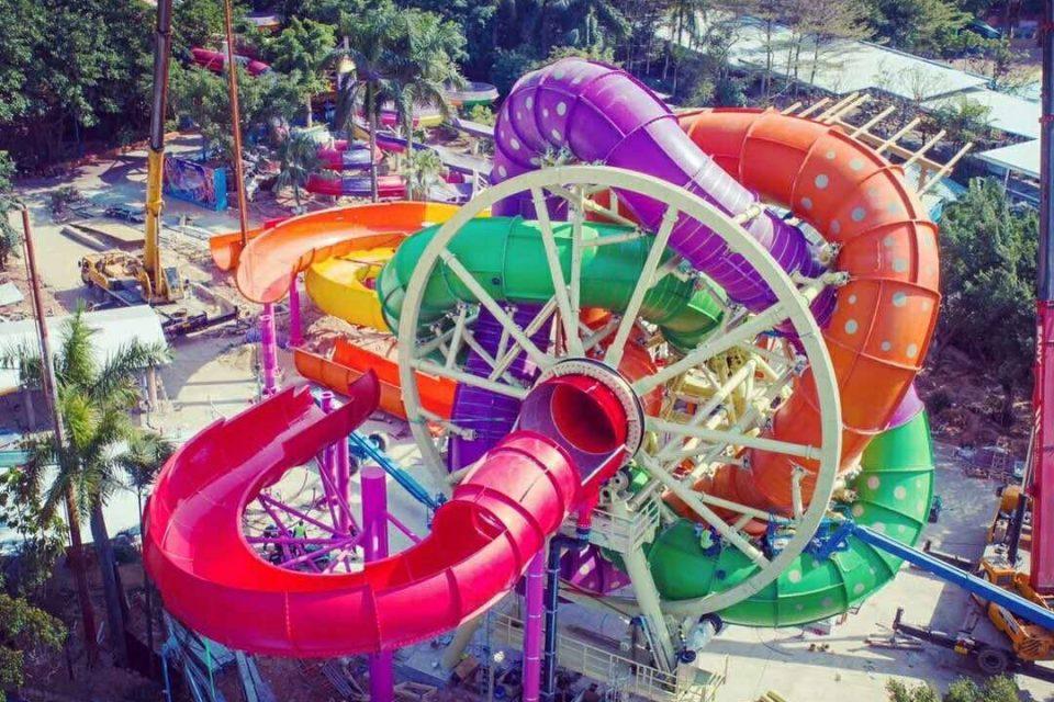"""Ferris-Wheel Water Slide """"SlideWheel"""" Honored with 4 Top Awards"""