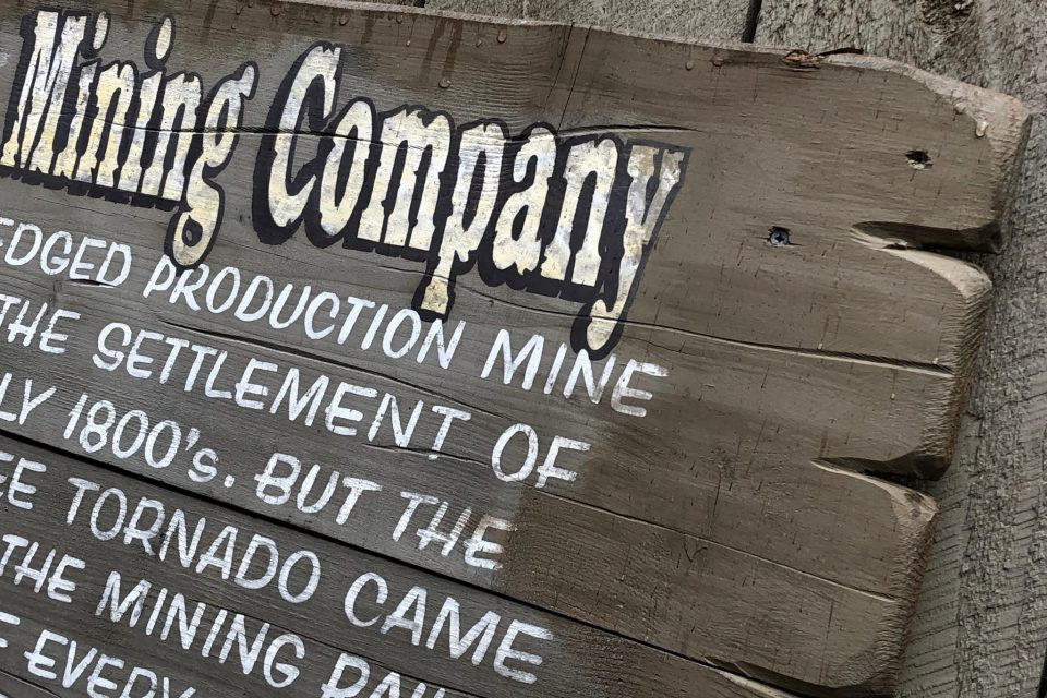 Storytelling in the Details: Dollywood