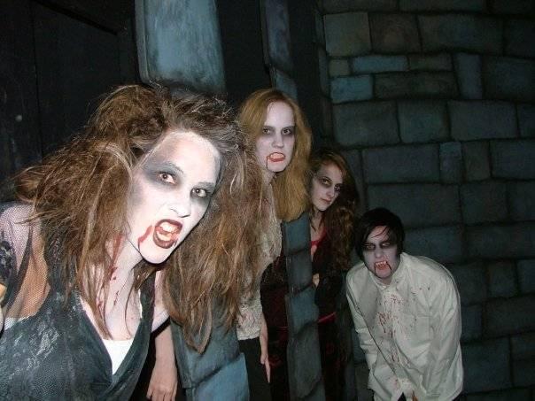 Universal Studios Art & Design: Haunted attraction master designers