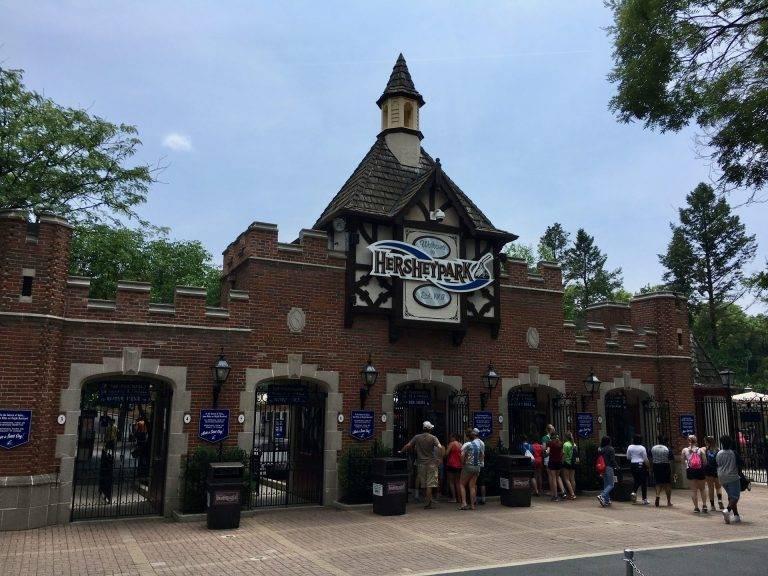 Hersheypark's Tudor entrance