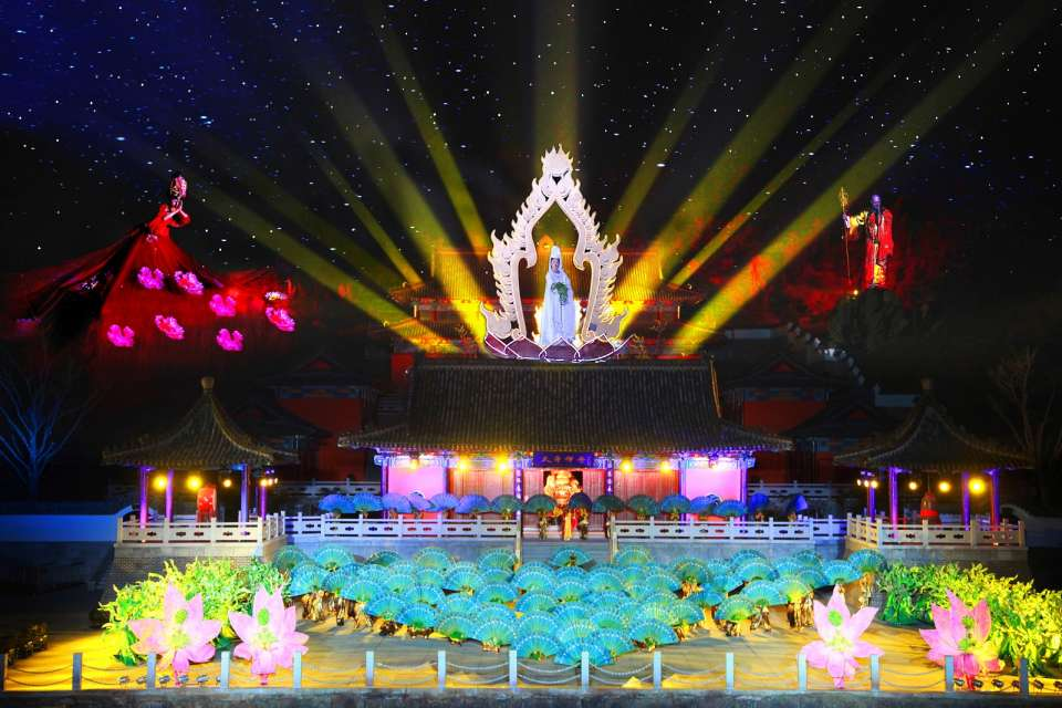 Legends Alive in Huaxia Parks