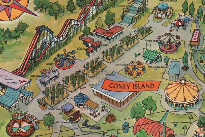 Vintage park maps: Kings Island
